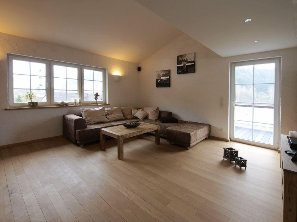 Buchenholzboden im Wohnzimmer