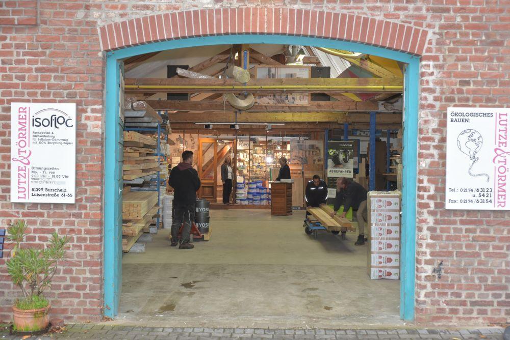 Geschäft von Lutze & Törmer in Burscheid