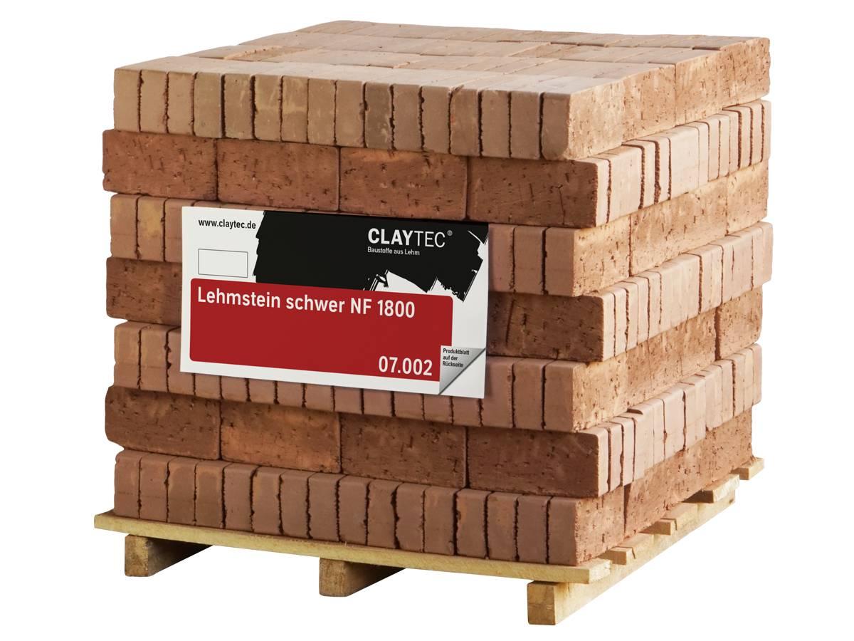 Palette mit Claytec-Lehmsteinen